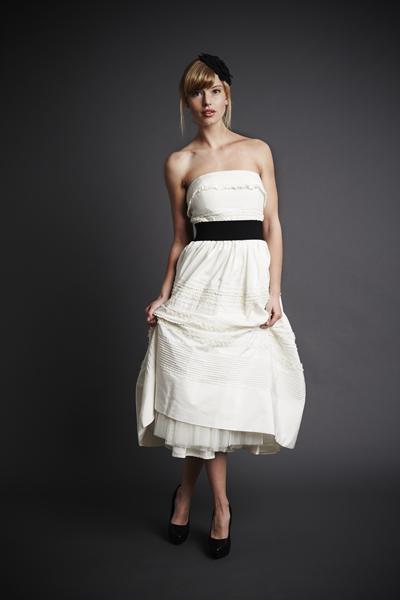 Schlicht kleid brautkleid standesamt Brautkleid standesamt